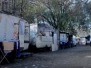 rom-tutto-quello-da-sapere-su-campi-nomadi