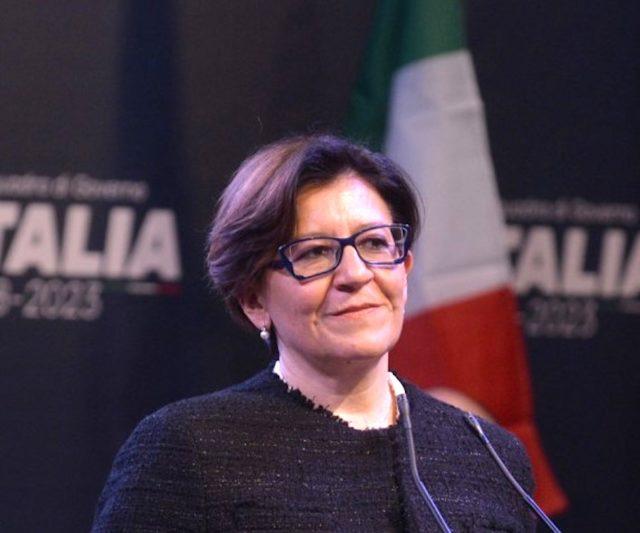 elisabetta-trenta-il-marchese-del-grillo-e-la-moglie-di-cesare